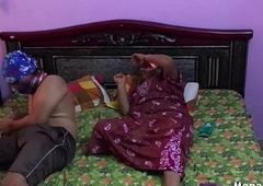 Sexy Hot Flag-pole Mona Bhabhi Sexy Saree Hotel Chudai